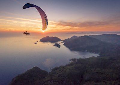 skywalk SPICE paraglider white sunset