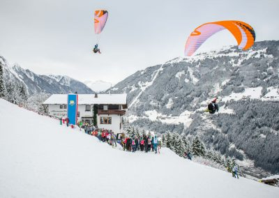 RISE&FALL - skywalk paragliders photo by Michael Werlberger