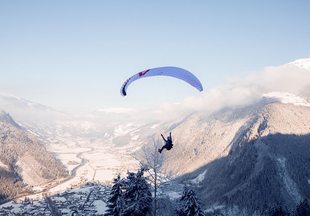 riseandfall2018-paraglide-tom-klockerJPG01