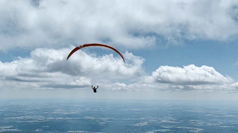 Armin Harich fliegt 180.3 km im Deutschen Flachland mit dem ARAK