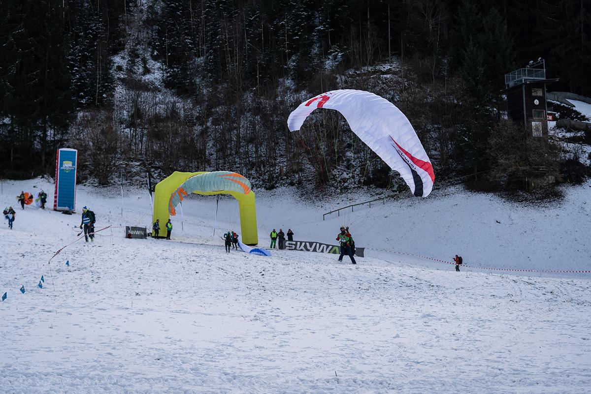 riseandfall2019-paraglide-niklas-siemensJPG34